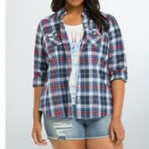 Torrid  Blue Red White Plaid Camp Shirt Size 4